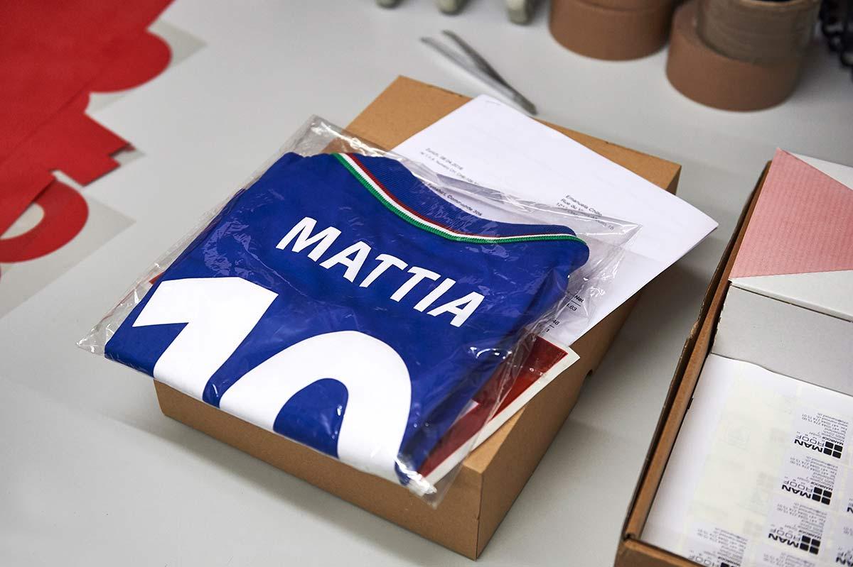 Fussball Fan Shirt mit Namen und Nummer bedrucken