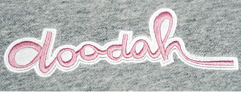 Stickerei auf diversen Textilien.