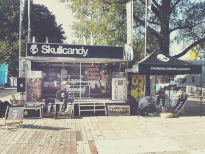 Skullcandy: Staffbekleidung