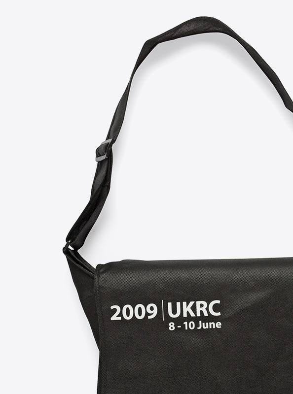 Umhängetasche Shoulder Bag mit Logo bedrucken