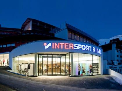 Intersport: Werbeartikel im Corporate Identity Look