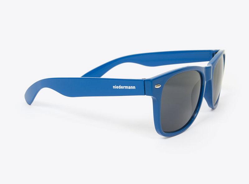 Sonnenbrille mit Firmenlogo