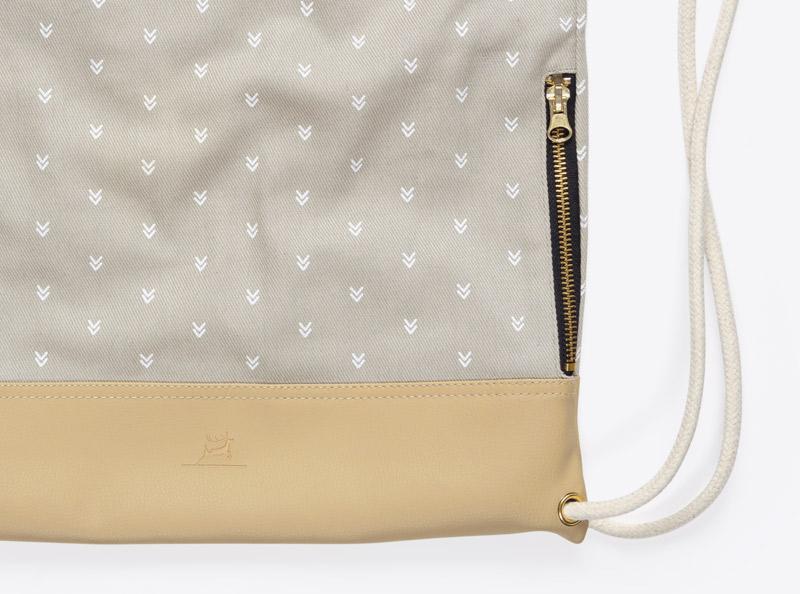 Extras Taschen Aussentasche Mit Reisverschluss