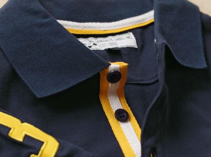 Farbige Knopfleiste Polo Shirt
