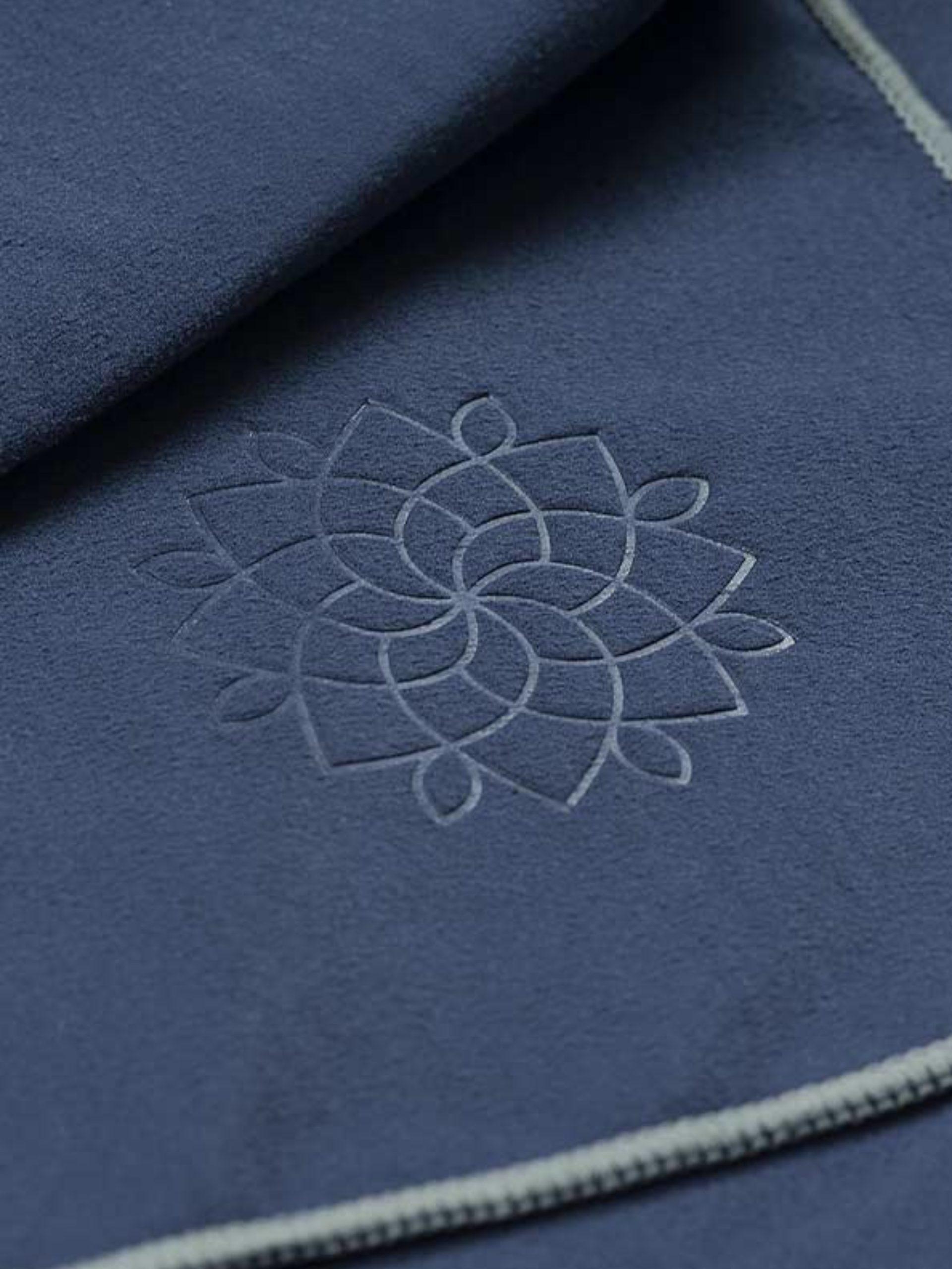 Mikrofaser Badetuch Mit Praegung Closeup