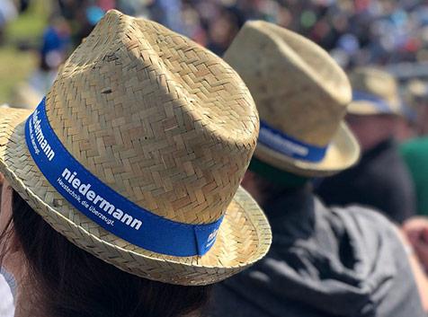 niedermann-strohhut-mit-logo-bedruckt-schwingerfest-1
