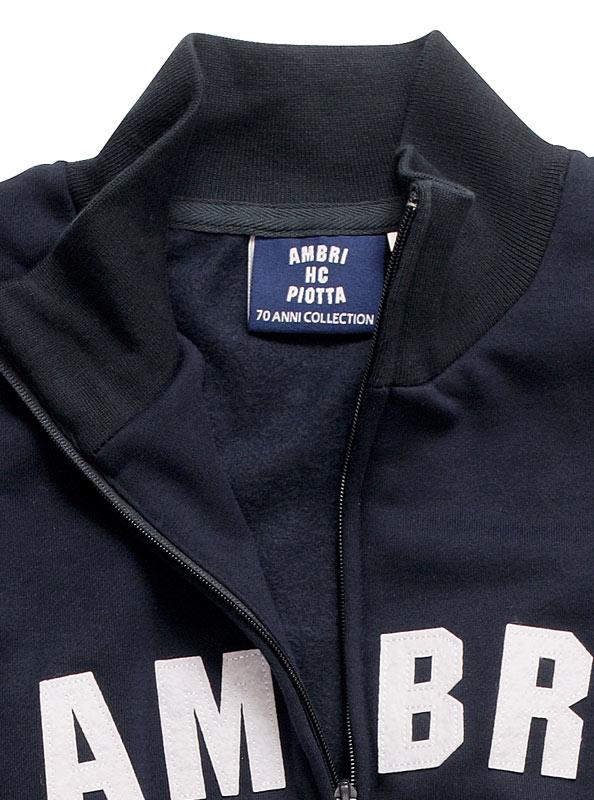 Sweatshirt Mit Stehkragen Bedrucken