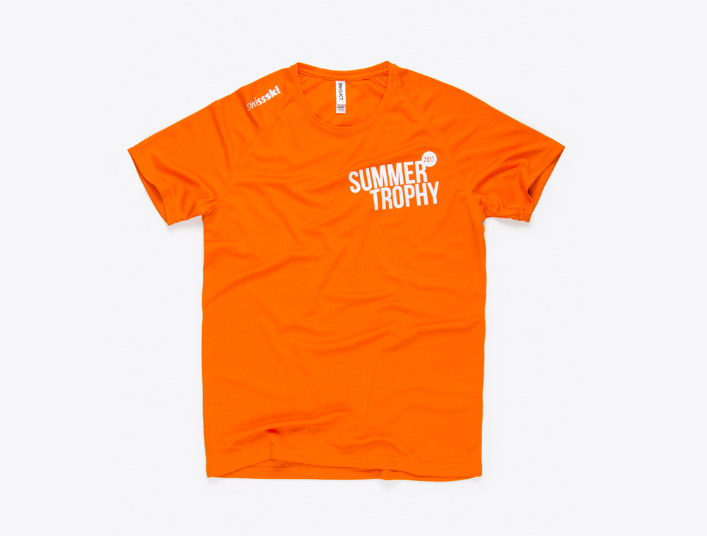 t-shirt-mit-logo-bedruckt-summer-trophy